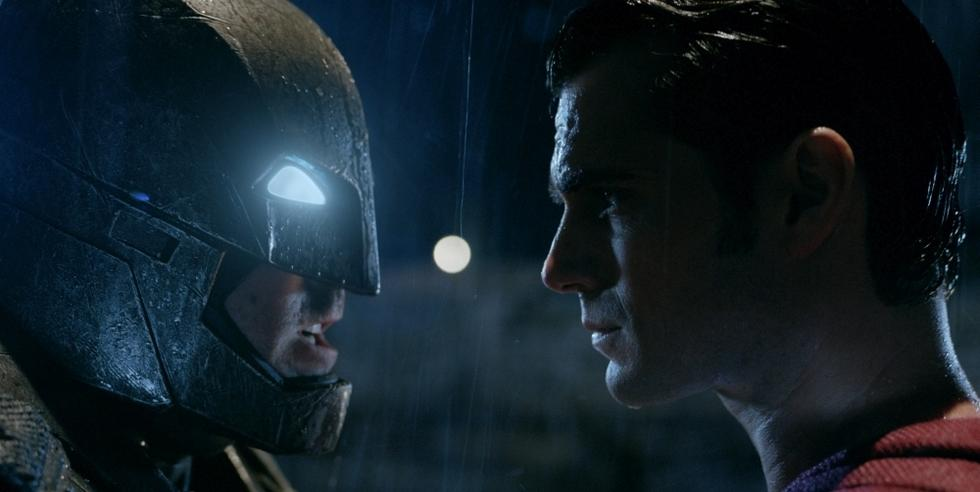Superman meint es ernst im neuen Batman vs Superman-Clip!