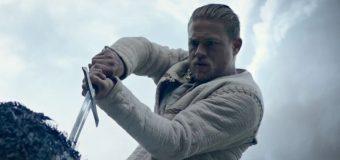 Im ersten Trailer zu King Arthur: Legend of the Sword wird Charlie Hunnam zum Auserwählten