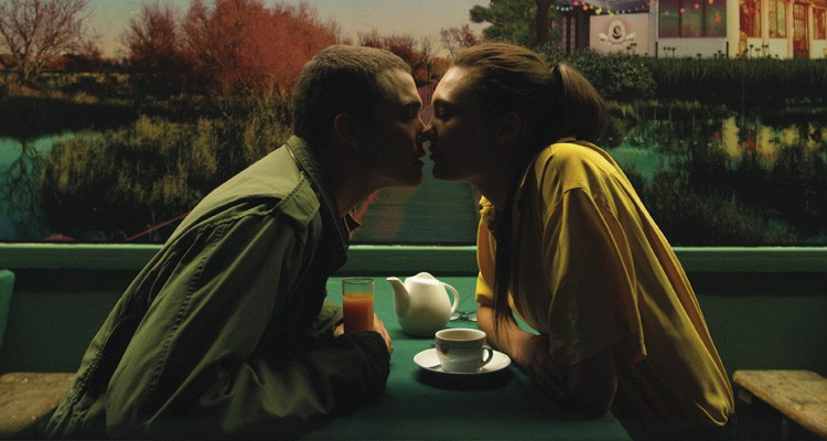 love-2015-film-gaspar-noe-kritik-review